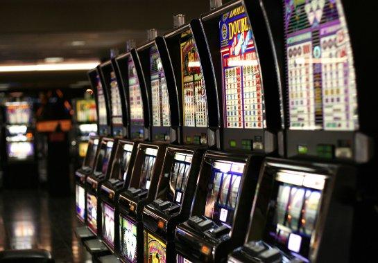 Бесплатные фращения на азартных игровых автоматах на сайте игрового клуба ВулканПлатинум