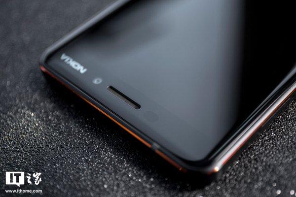 Nokia 6 (2018) предстал на «живых» фото