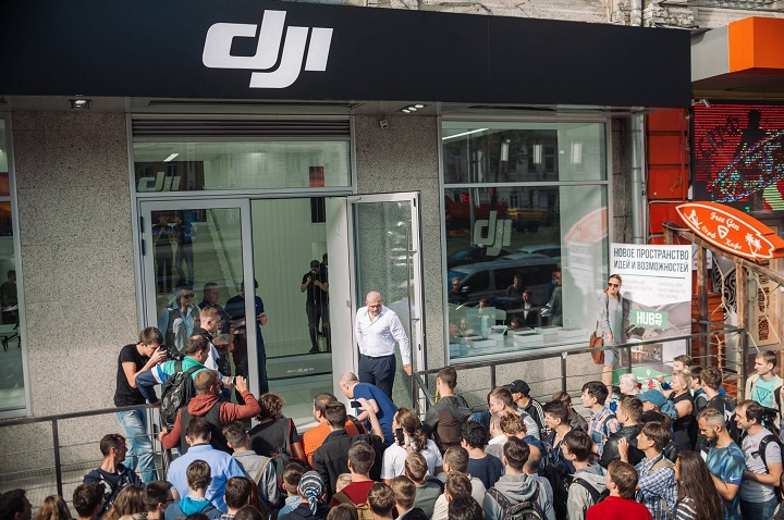 DJI представила складной дрон Mavic Air