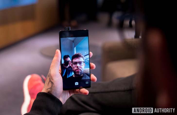 Концептуальный смартфон Vivo Apex получил