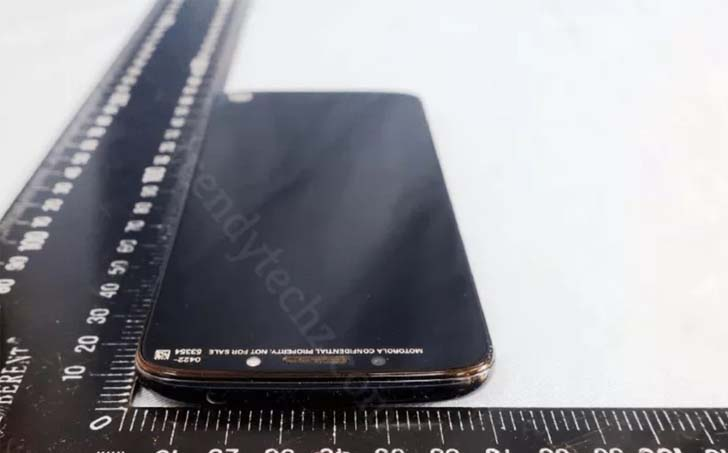 Смартфон Moto G6 Play показали на