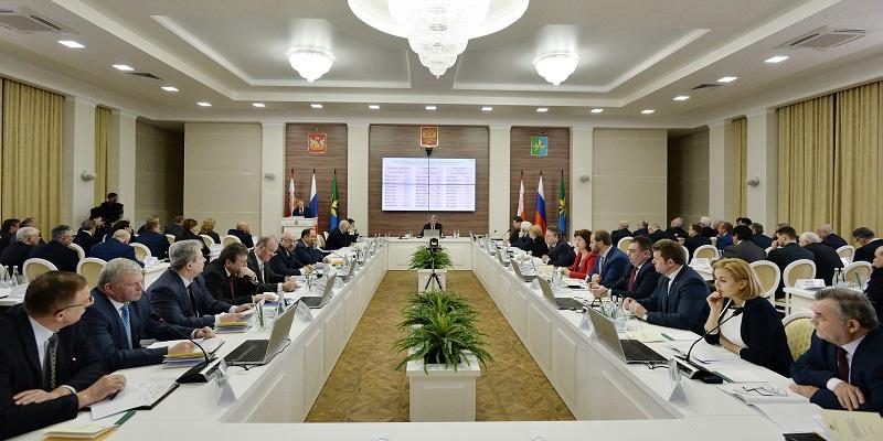 Уйти вглубь: Инвестиции в аграрный сектор Воронежской области в 2018 г. составят 37 млрд руб.