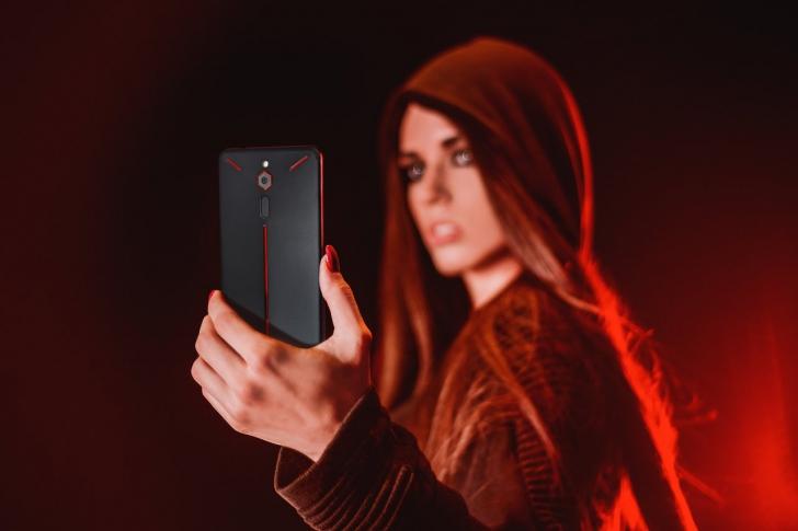 Объявлены характеристики игрового смартфона Nubia Red Magic