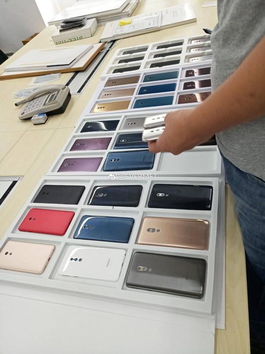 Предсерийные образцы Meizu 15 и Meizu 15 Plus на фото