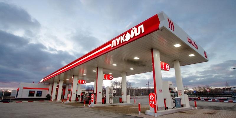 Ударят по бюджету: Компания «Лукойл» закроет в Воронеже свой черноземный филиал