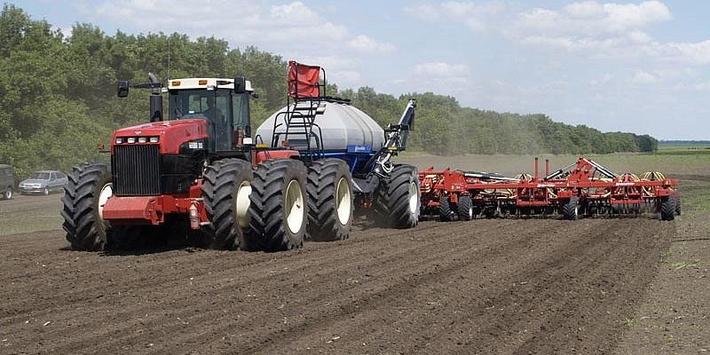 Минус восток: В Воронежской области выполнено 7% от запланированных весенних полевых работ