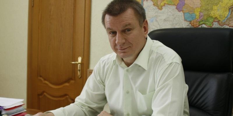 С кормовым прицелом: Экс-зампред воронежского правительства организует в регионе производство люцерны