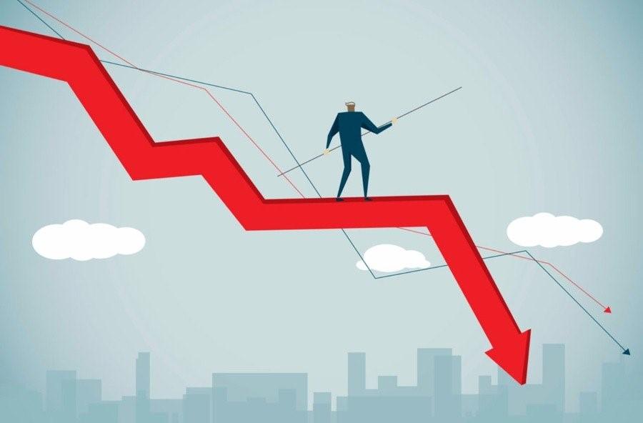 Почему цена на биткоин падает?