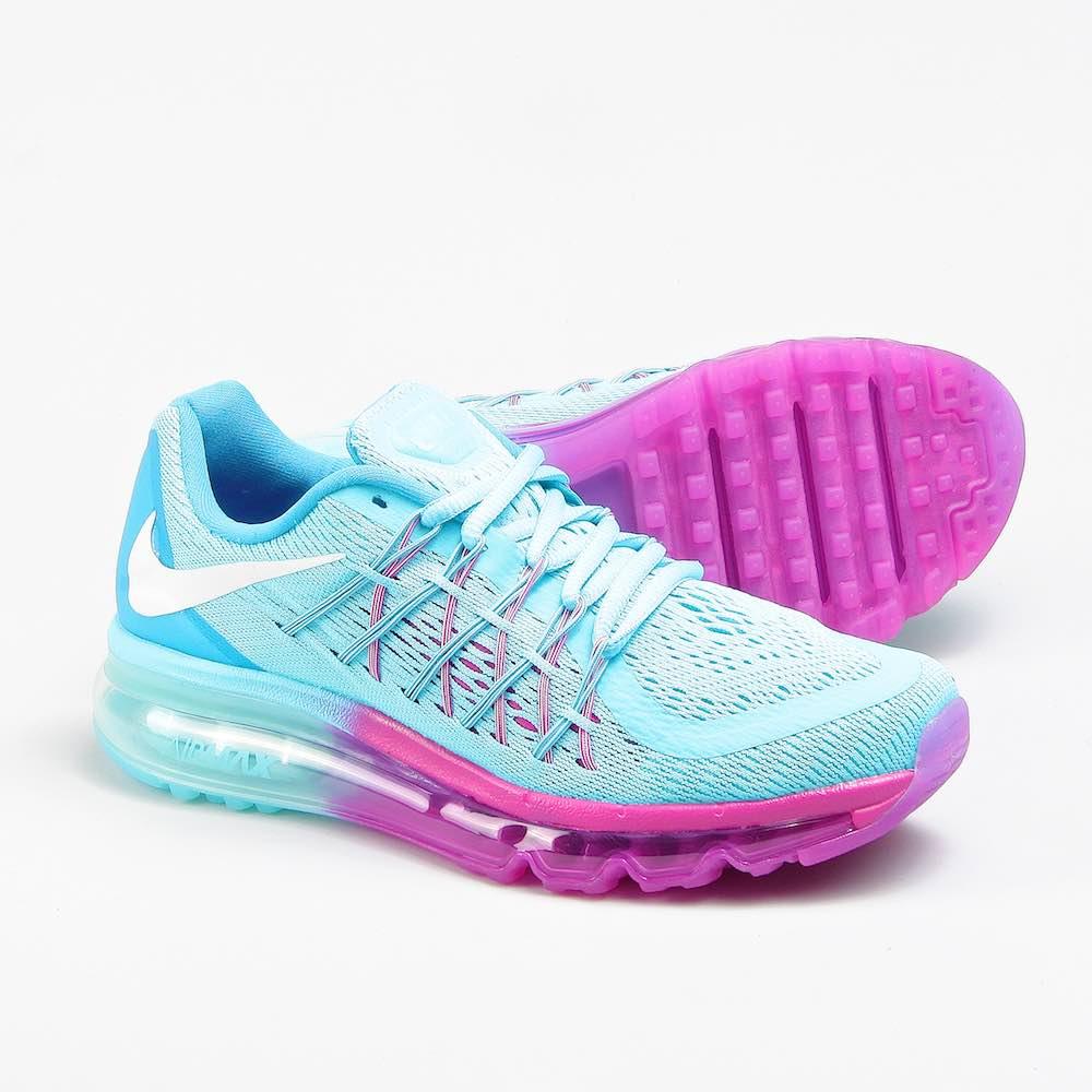Фирменные женские кроссовки по доступной цене