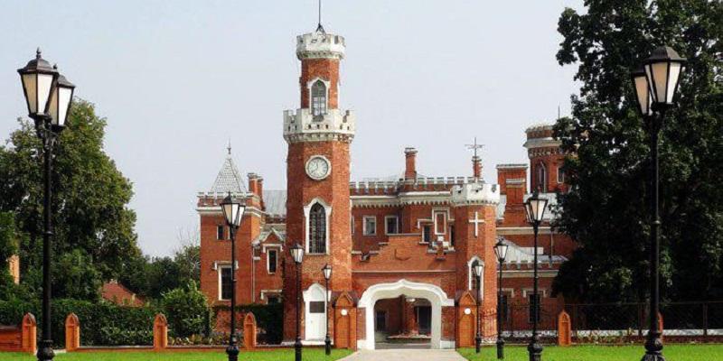 Ремонт за ремонтом: Воронежские власти «добавят» на восстановление дворца Ольденбургских еще 35 млн руб.