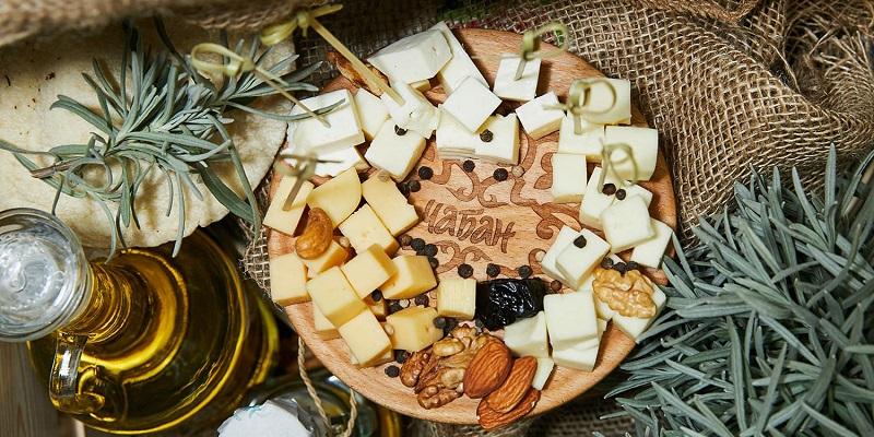 Кавказ с итальянскими корнями: Представленный в Воронеже бренд «Чабан» презентовал новый сыр «Пармезан»
