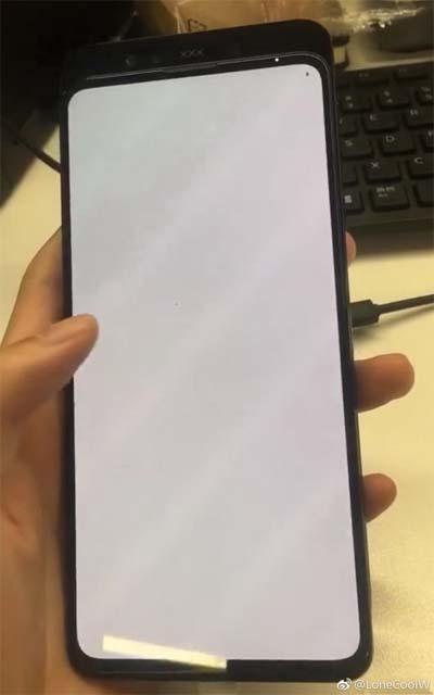 Смартфон Xiaomi Mi Mix 3 показали на