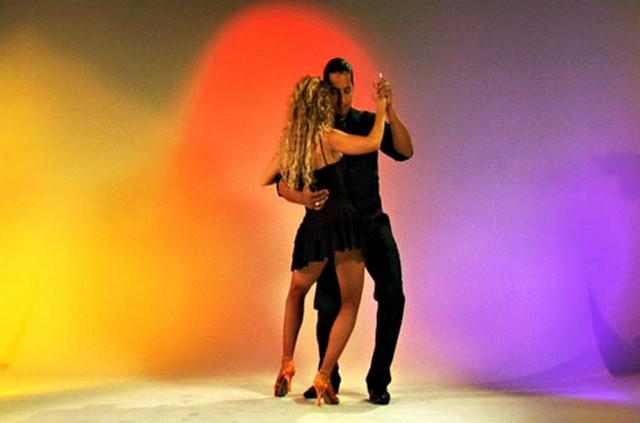 Завораживающий танец - БАЧАТА