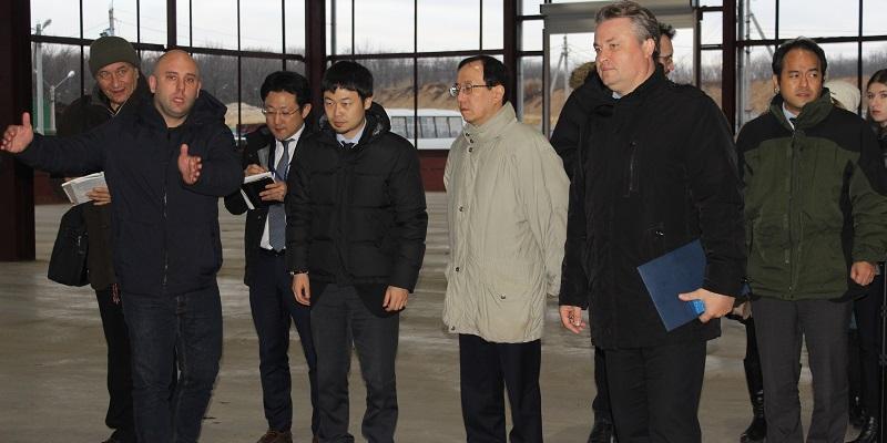Прошлись по отходам: Японская делегация посетила мусоросортировочный завод под Воронежем