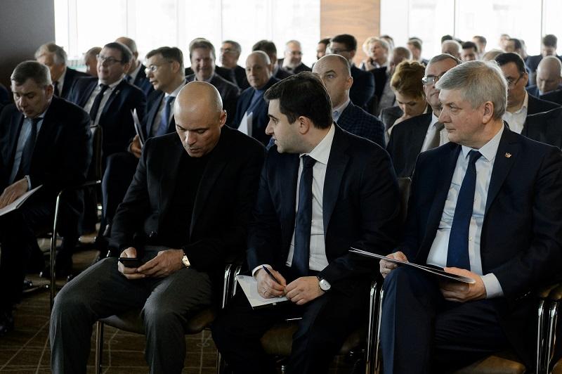 Четвертая сторона: Власти Воронежской области помогут небольшим застройщикам с проектным финансированием