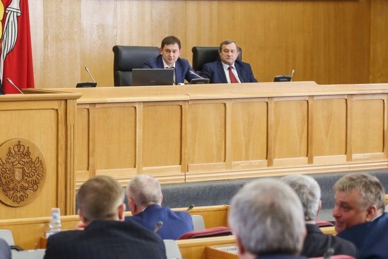 Бюджет Воронежской области скорректировали на 2,7 млрд руб.