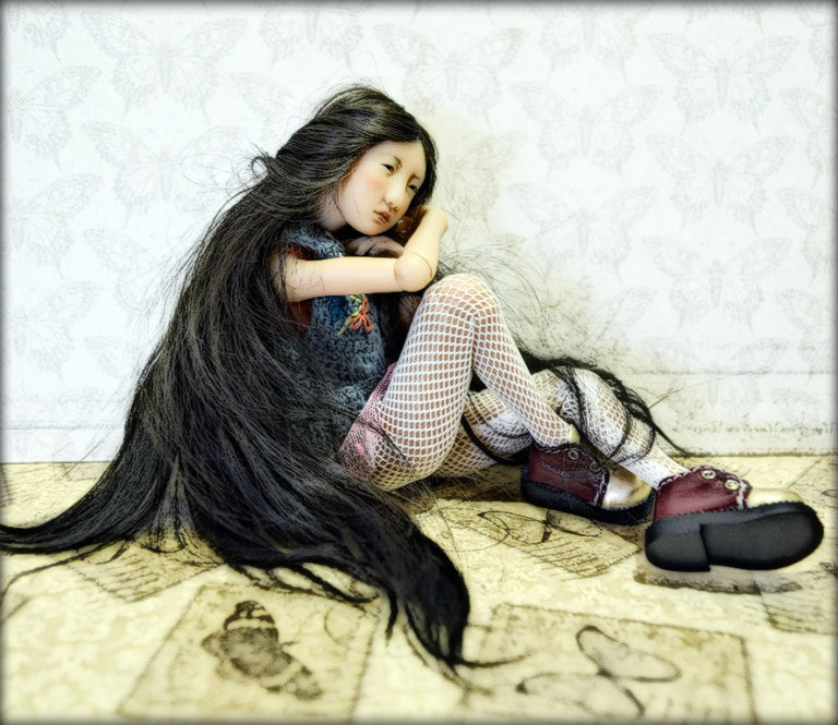 Живой взгляд куклы