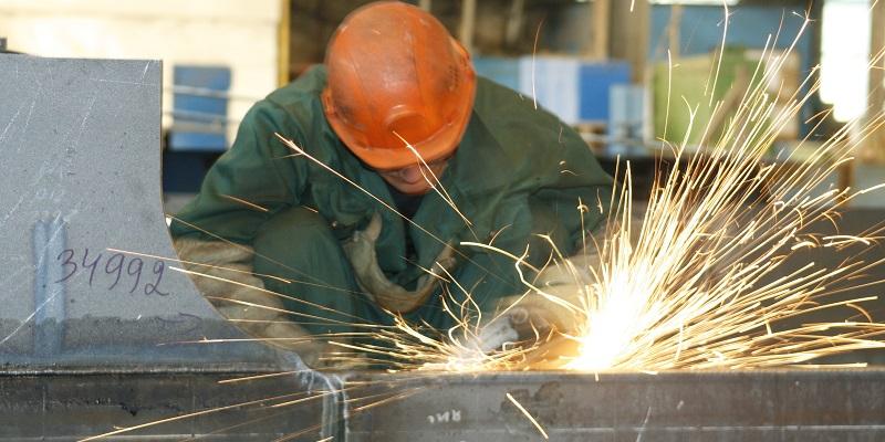 Областные власти поддержат Грибановский машиностроительный завод