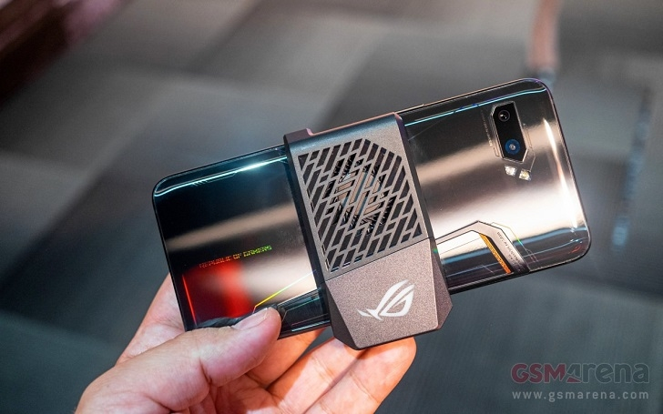 Анонсирован игровой смартфон ASUS ROG Phone II