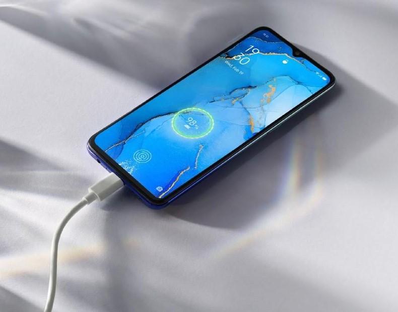 В Украину официально приехал смартфон ОPPO Reno3: цена и характеристики
