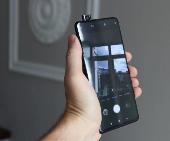 Прошлогодний Xiaomi Mi 9T подешевел, и сейчас это самый выгодный смартфон