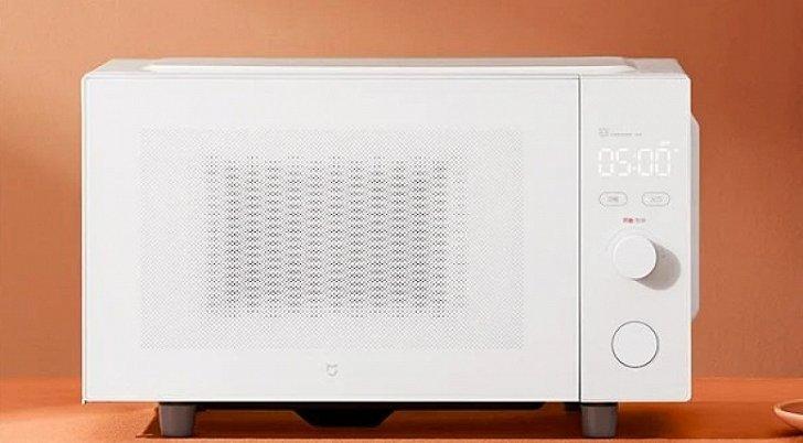 Xiaomi анонсировала микроволновую печь за 80 долларов