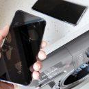 Китаянка постирала Huawei Mate 40 Pro и iPhone 12 в стиральной машинке